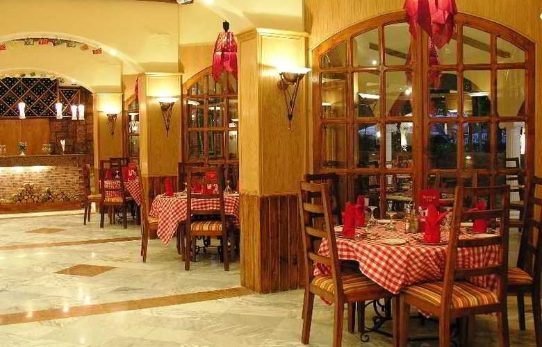 Pyramisa Isis Luxor - Restaurant - 15