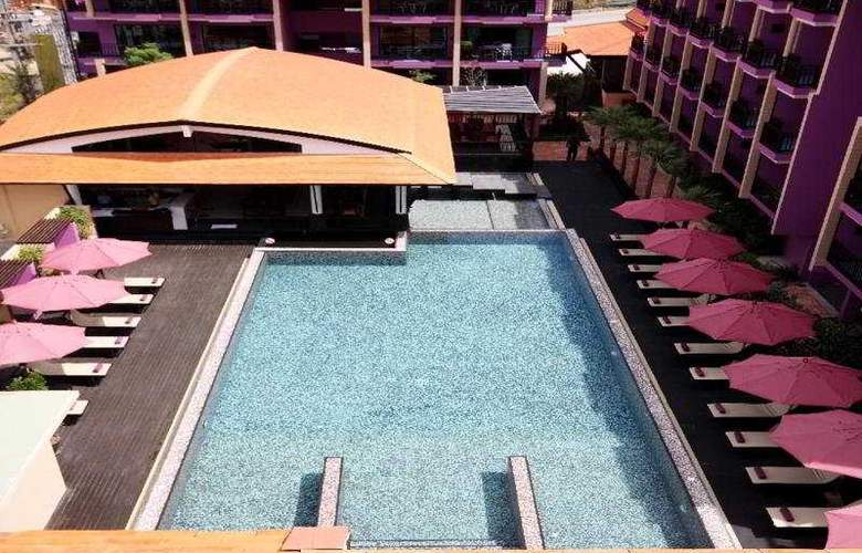 Phuvaree Resort Phuket - Pool - 6
