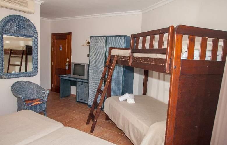 Coma-Ruga Platja - Room - 14