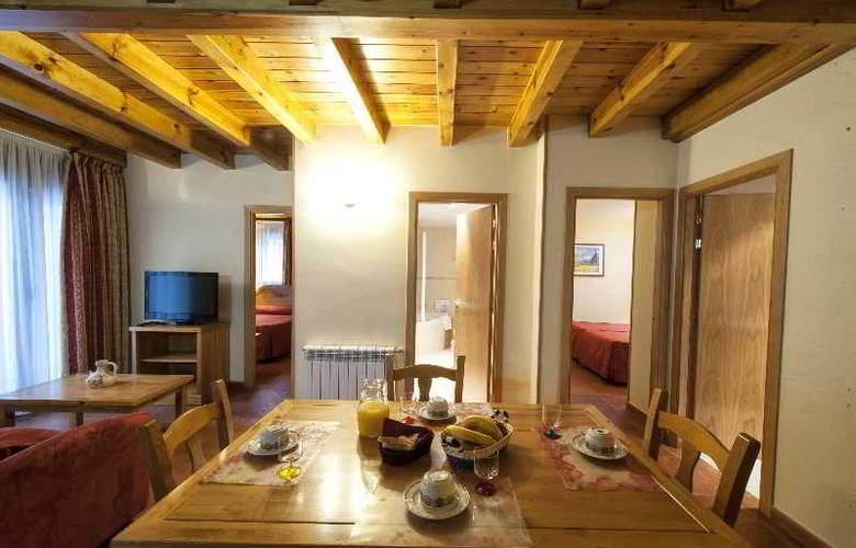 Apartamentos Sant Moritz - Hotel - 15