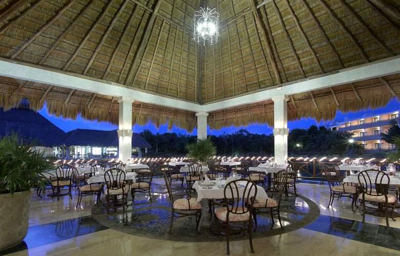 Grand Palladium Colonial & Kantenah Resort - Restaurant - 20