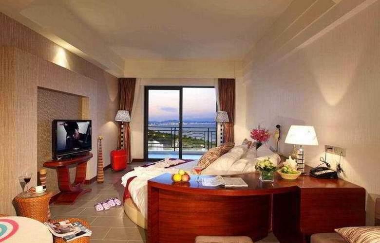 Seaside Resort - Room - 6