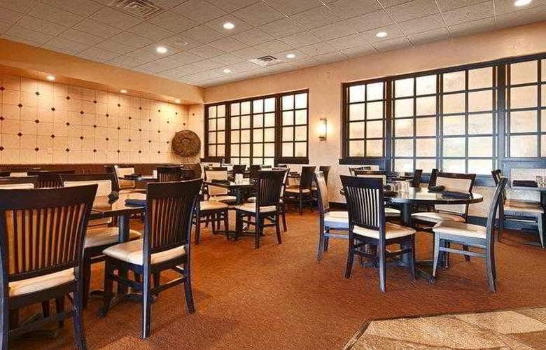 Best Western Premier Nicollet Inn - Restaurant - 56
