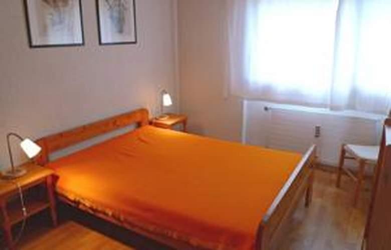 Armina - Room - 7