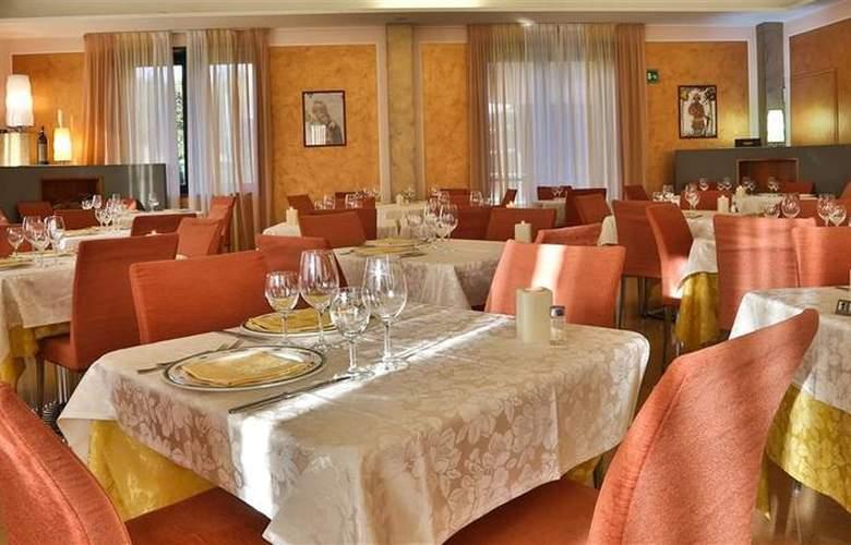 Best Western Cavalieri della Corona - Restaurant - 47
