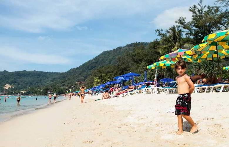Patong Resort - Beach - 10