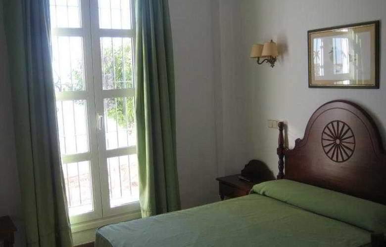 Toruño Hotel Restaurante - Room - 0