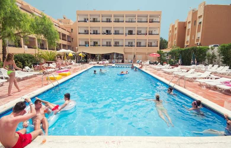 Azuline Apartamentos Sunshine - Hotel - 8