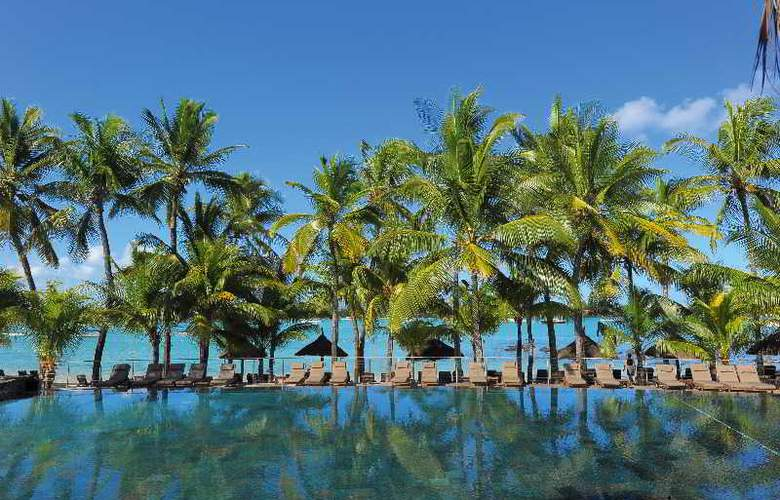 Le Mauricia Beachcomber Resort & Spa - Pool - 25