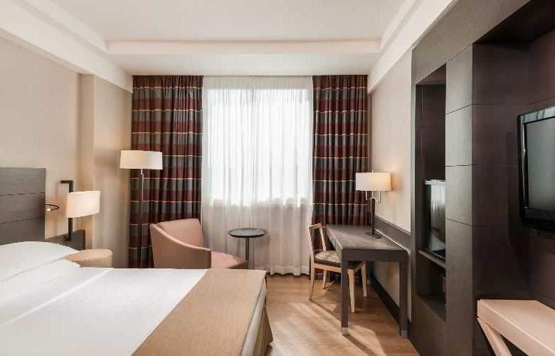 Sheraton Golf Parco De Medici Hotel & Resort - Hotel - 3