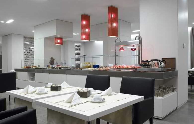 NH Genova Centro - Restaurant - 16