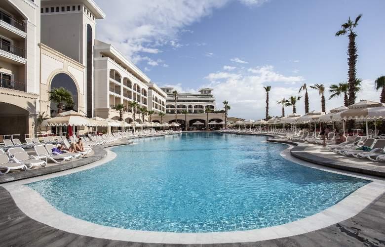 Alva Donna Hotel&Spa - Pool - 22
