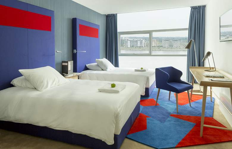 Room Mate Aitana - Room - 9