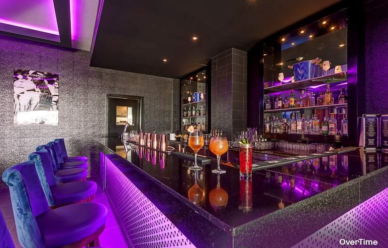 Planet Hollywood Beach Resort Cancun - Bar - 4
