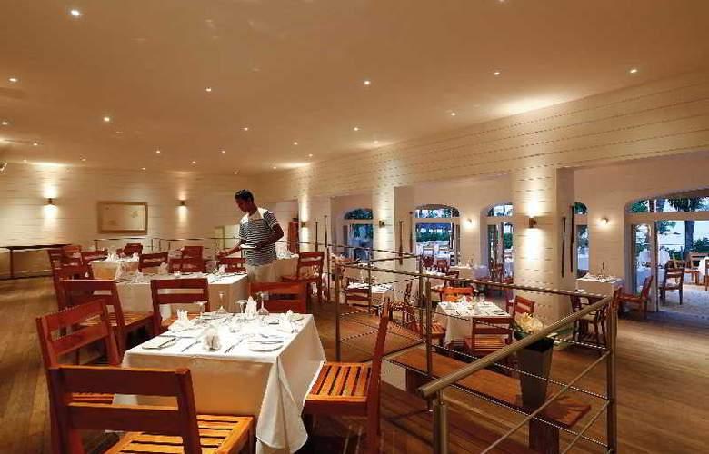 Le Mauricia Beachcomber Resort & Spa - Restaurant - 37