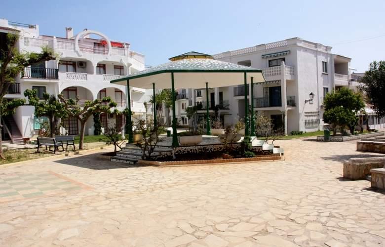 Apartamentos Habitat - Playa Romana 3000 - Hotel - 4