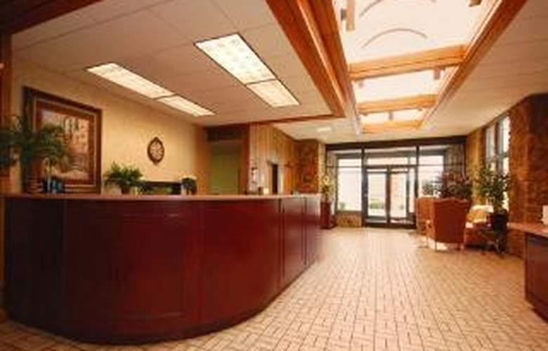 Comfort Inn & Suites - General - 2