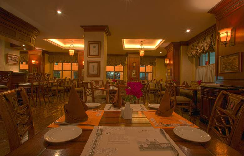 Plaza Grande - Restaurant - 18