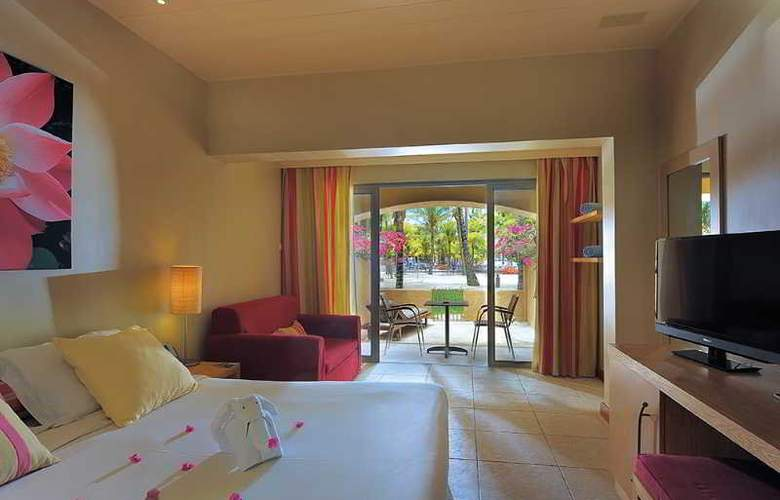 Mauricia Beachcomber Resort & Spa - Room - 15