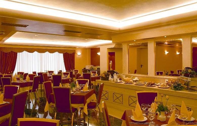 Savoy - Restaurant - 27