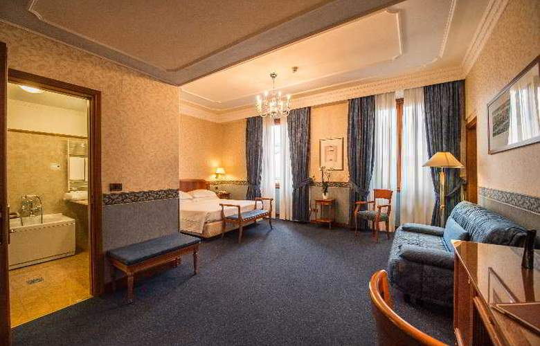 Strozzi Palace Hotel - Room - 4