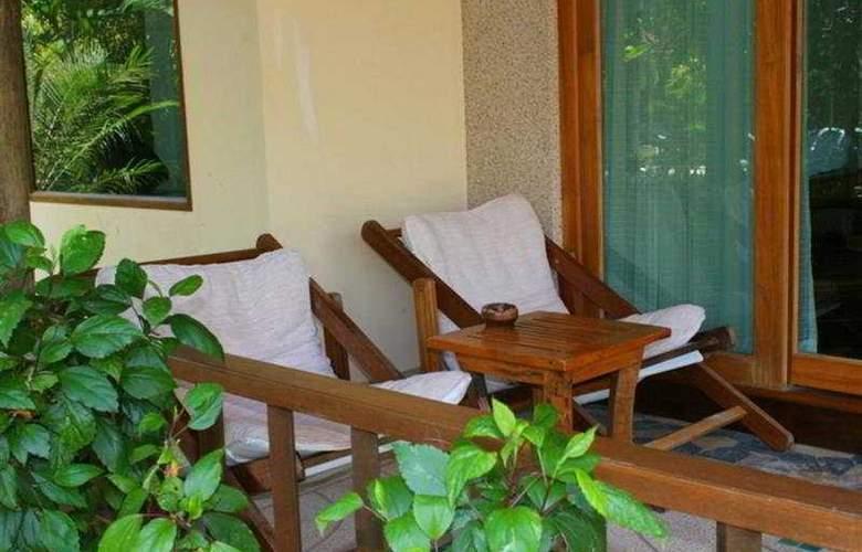 Sunrise Tropical Resort - Terrace - 11