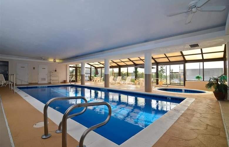 Best Western Joliet Inn & Suites - Pool - 146