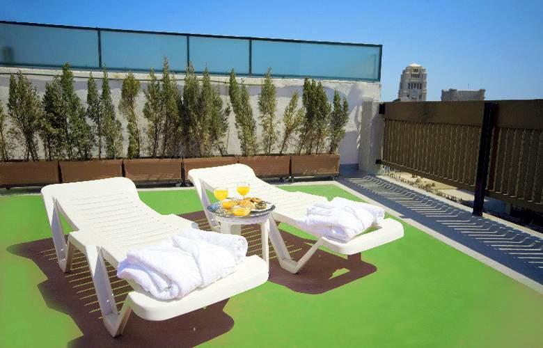 Adonis Plaza - Terrace - 17