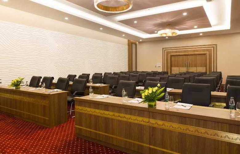 Muong Thanh Nha Trang Centre Hotel - Conference - 65