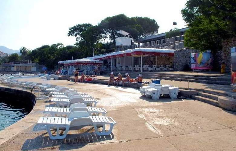 Adriatic - Terrace - 3