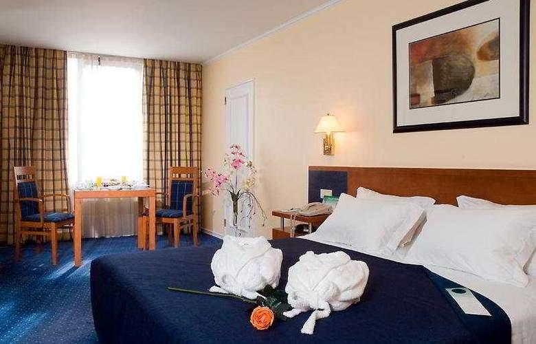 Holiday Inn Lisboa - Room - 4
