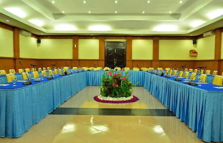 Inna Sindhu Beach - Conference - 28