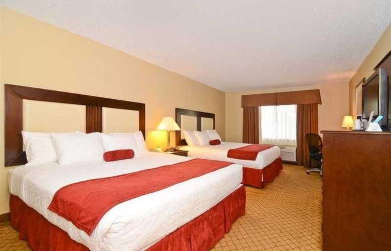 Best Western Plus Macomb Inn - Room - 27