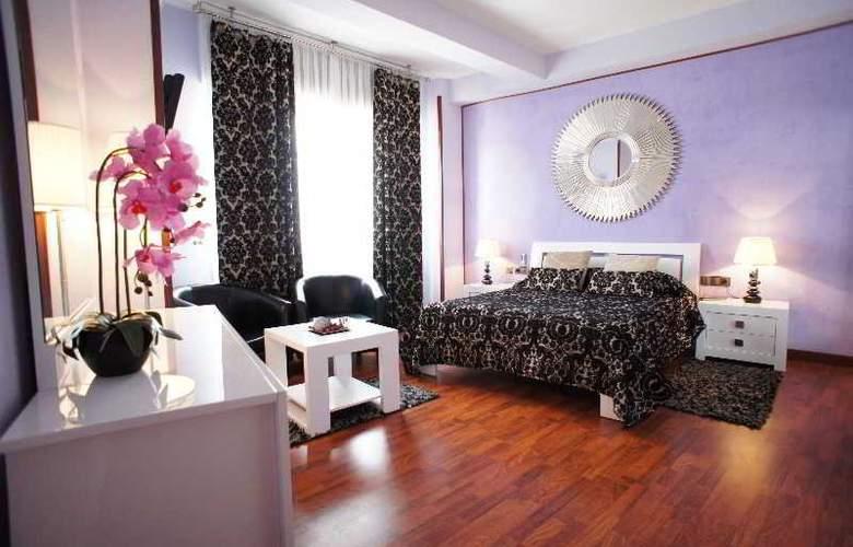 Montermoso - Room - 11