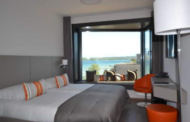 Lake Geneva Hotel - Room - 1