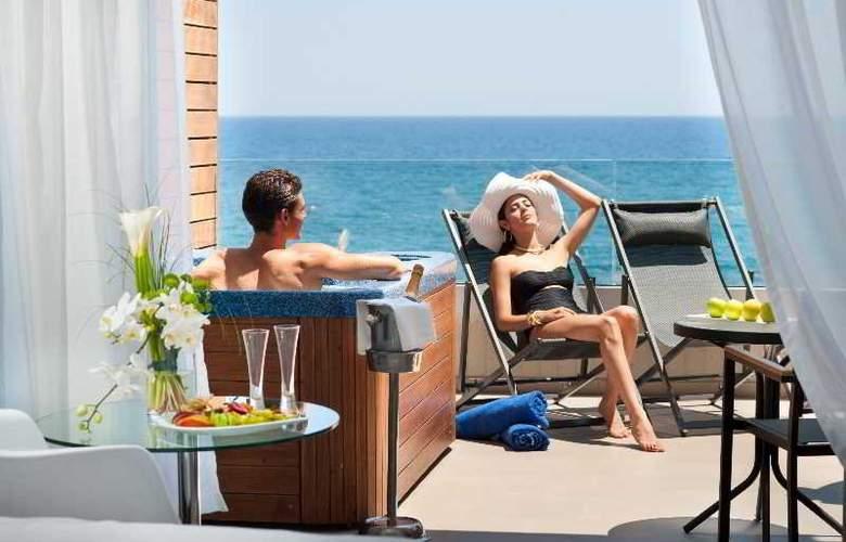 Royal Apollonia Beach - Room - 13