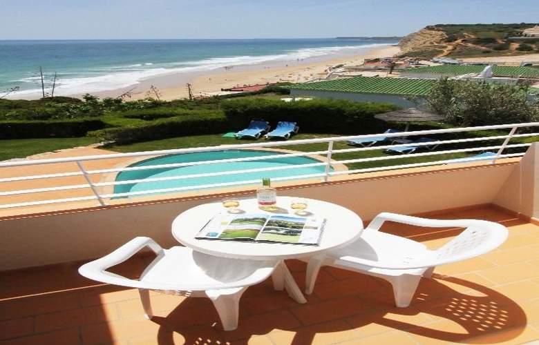 Club Porto Mos - Terrace - 5
