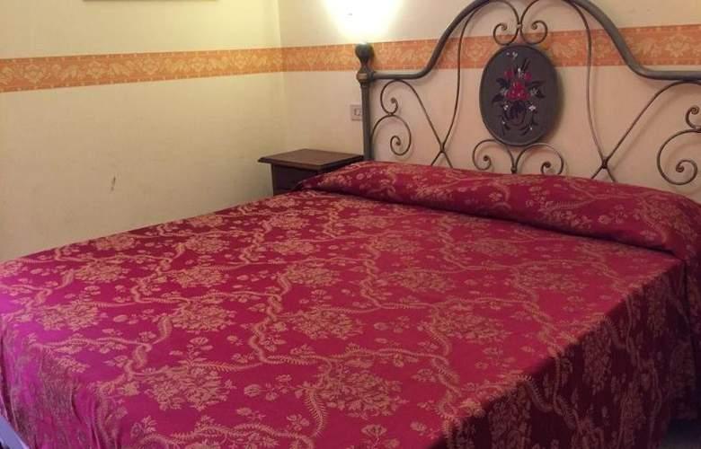 Philia - Room - 8
