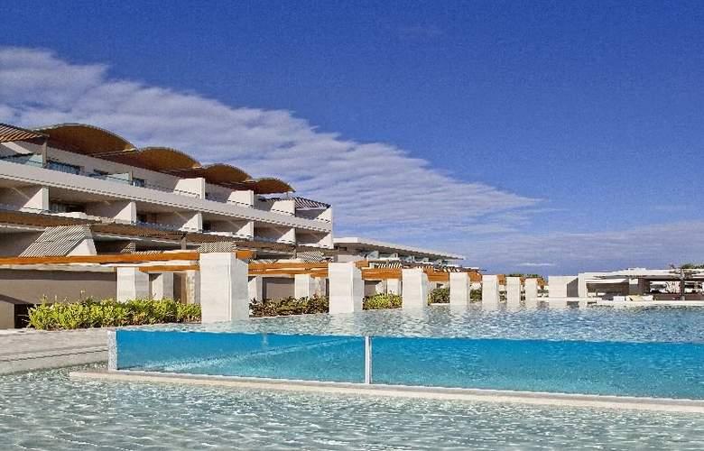 Avra Imperial Beach Resort & Spa - Pool - 10