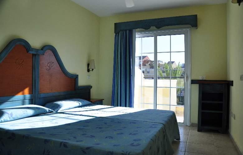 Granada Park - Room - 3