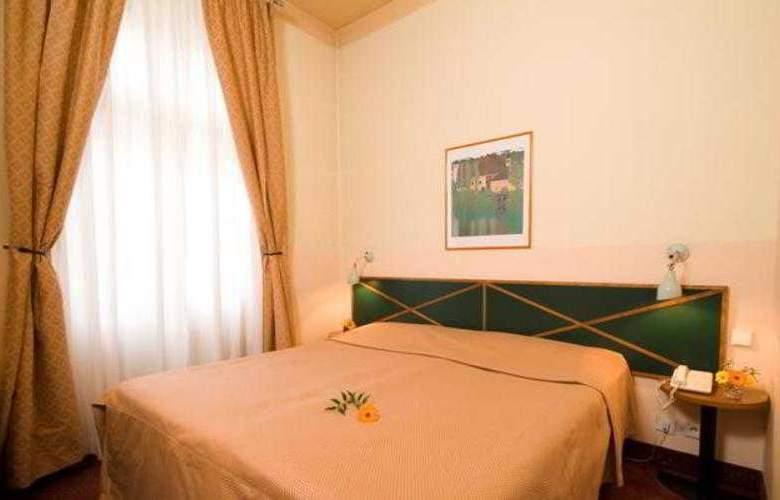 Hotel Res. Mala Strana - Room - 3