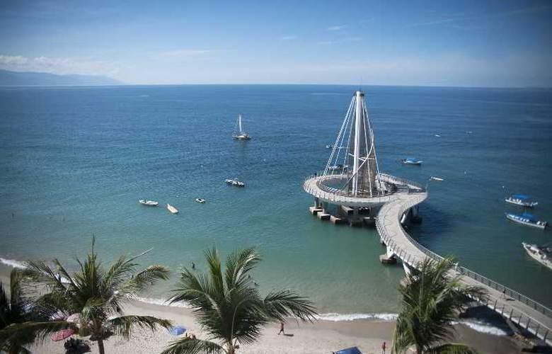 San Marino Hotel - Beach - 4
