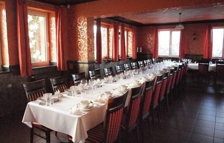 Dworek Novello - Restaurant - 9