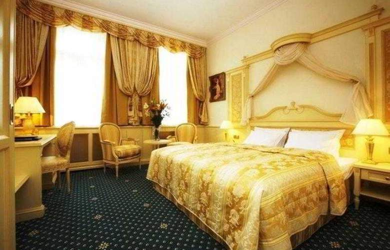 Best Western Premier Royal Palace - Hotel - 28