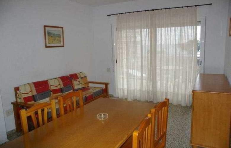 Estoril III-IV-V Orange Costa - Room - 3