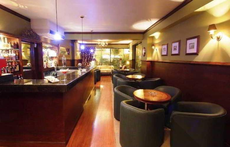 Plaza Del Bosque - Bar - 11