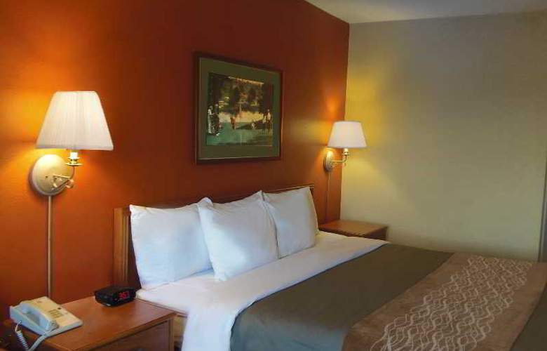 Holiday Inn Express Hilton Head Island - Room - 3