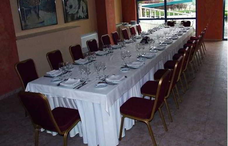 Sercotel Ciudad de Burgos - Restaurant - 74