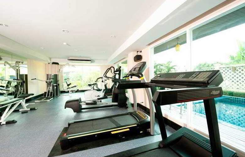 Convenient Grand Hotel Suvarnabhumi - Sport - 10