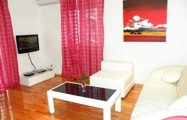 Villa Rosa - Room - 4